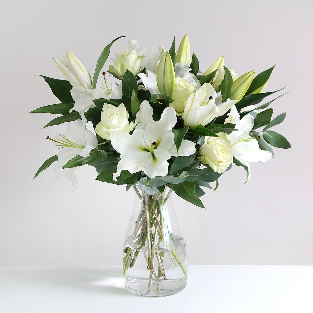 Funeral flowers flowers online send flowers flowers delivered oriental lily and rose flowers izmirmasajfo
