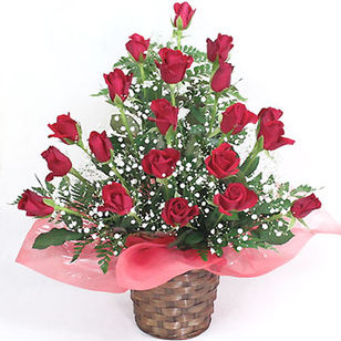 Deluxe Red Rose Arrangement