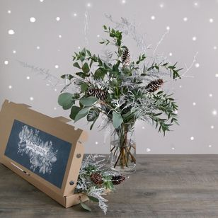 Letterbox Winter Foliage  | Free Chocolate