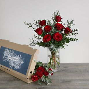Letterbox Christmas Roses | Free Chocolate