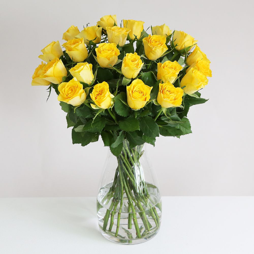 Image of 24 Fairtrade Yellow Roses - flowers