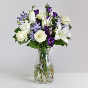 Avalanche Roses & Lisianthus